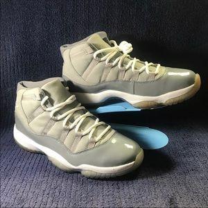Air Jordans XI 11 Retro Cool Grey/White 2010